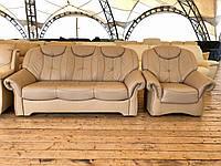 Кожаный диван раскладной и кресло «Мари»
