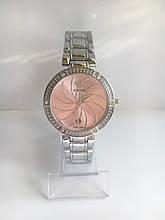 Женские наручные часы Versace (Версаче), серебристо-розовый цвет
