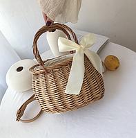 Плетеная сумка из ротанга овальная