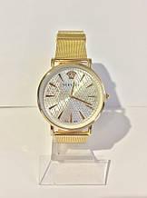 Женские наручные часы Versace (Версаче), золотисто-белый цвет
