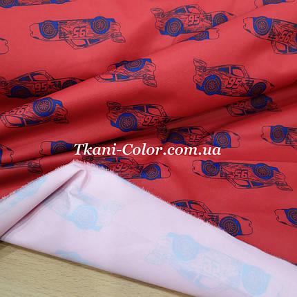 Плащова тканина канада принт машинки на червоному, фото 2