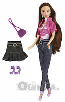 Кукла Ася  с шикарными длинными волосами и модными костюмами