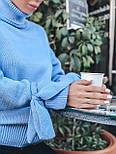 Женский теплый красивый свитер под горло с завязками на рукавах (разные цвета), фото 3