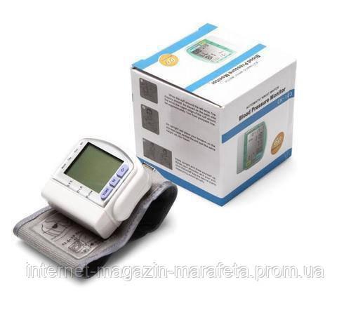 Цифровой тонометр на запястье Blood Pressure Monitor CK-102S/ аппарат для измерения давления и пульса