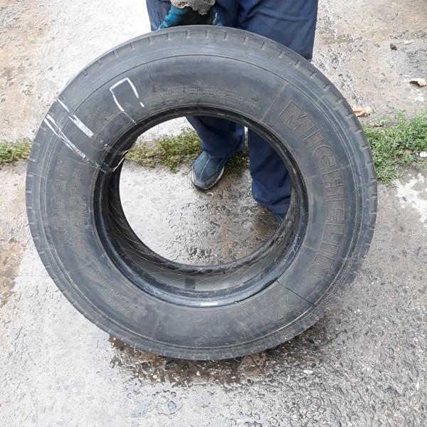 Грузовые шины б.у. / резина бу 235.75.r17.5 Michelin XTE2+ Мишлен