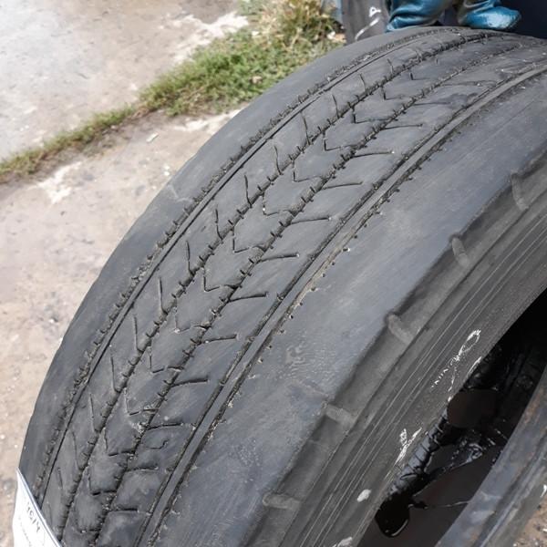 Шины б.у. 215.75.r17.5 Bridgestone R227 Бриджстоун. Резина бу для грузовиков и автобусов