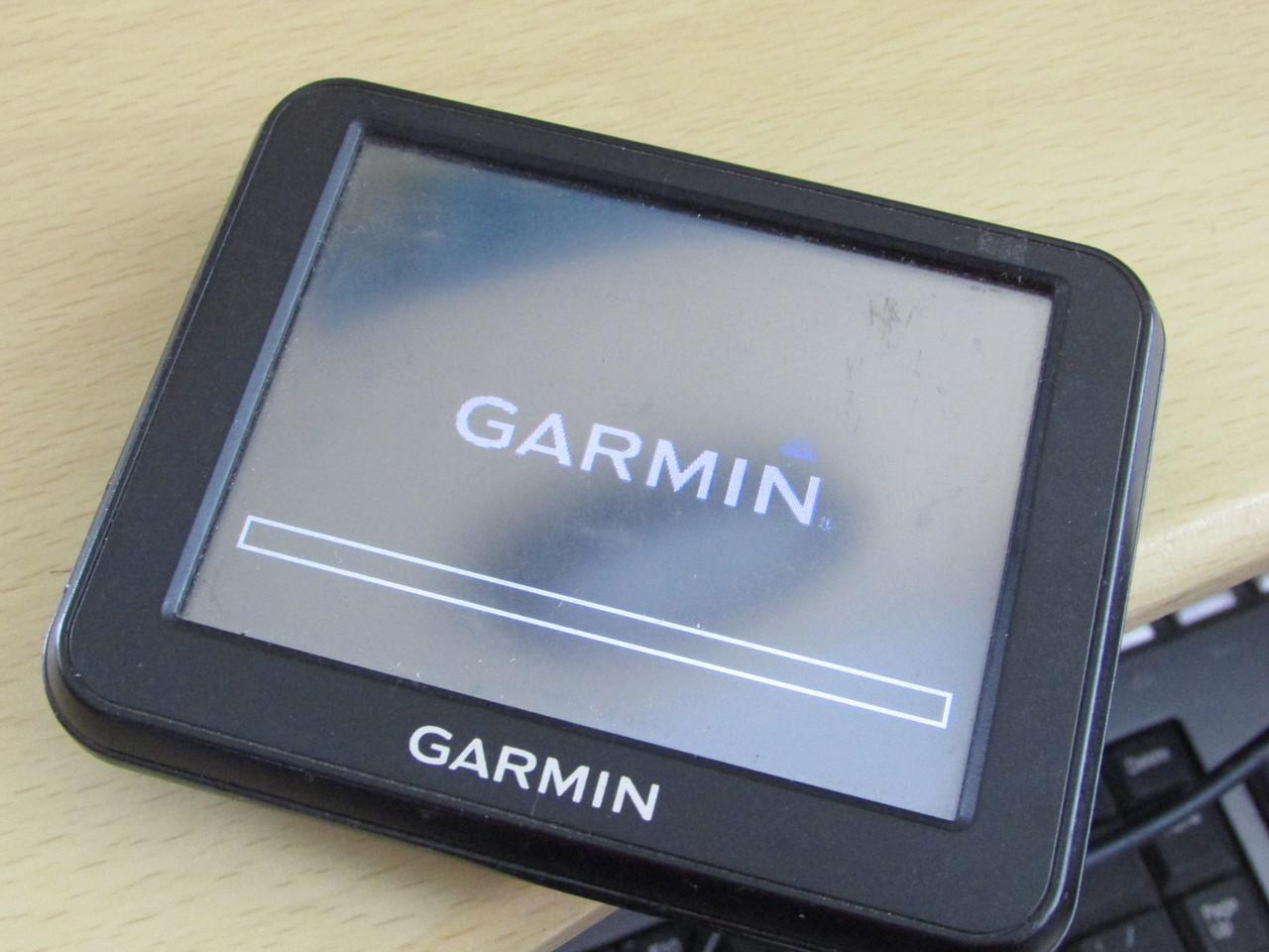 Навігатор GARMIN NUVI 30