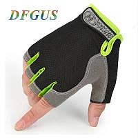 Женские перчатки DFGUS для фитнеса черные с салатовым размер М