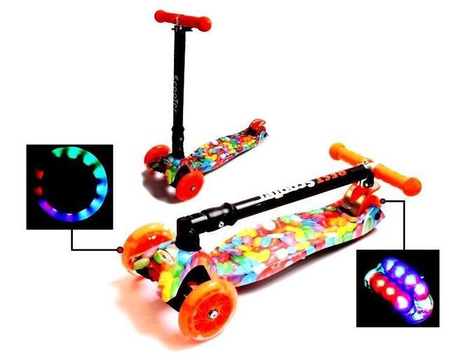 Детский самокат MAXI карамель, складной руль, светящиеся колеса