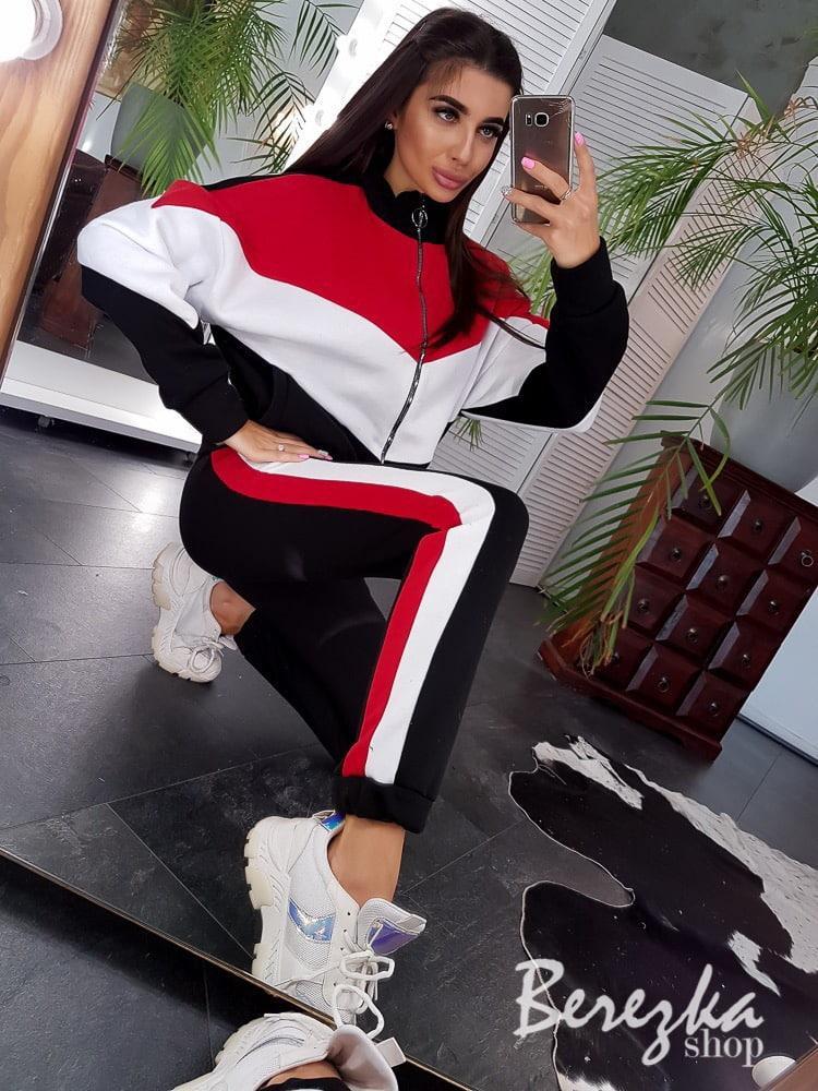 Спортивный женский костюм на флисе с кофтой на молнии 66so778Е