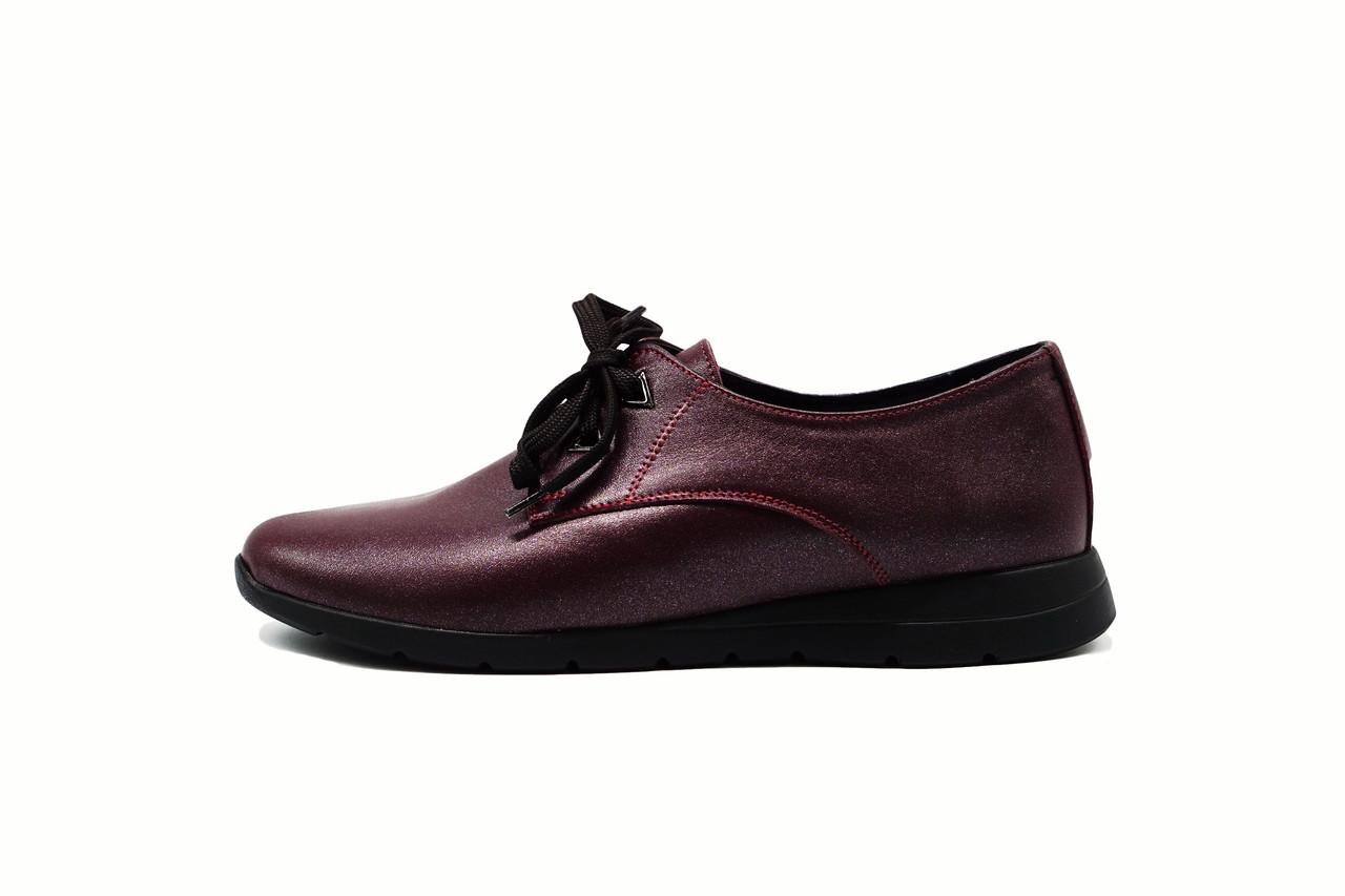 Бордовые кожаные женские туфли