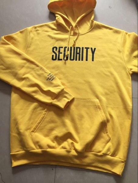 Желтая толстовка SECURITY