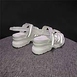 Женские сандали на массивной подошве с светодиодными элементами, фото 2