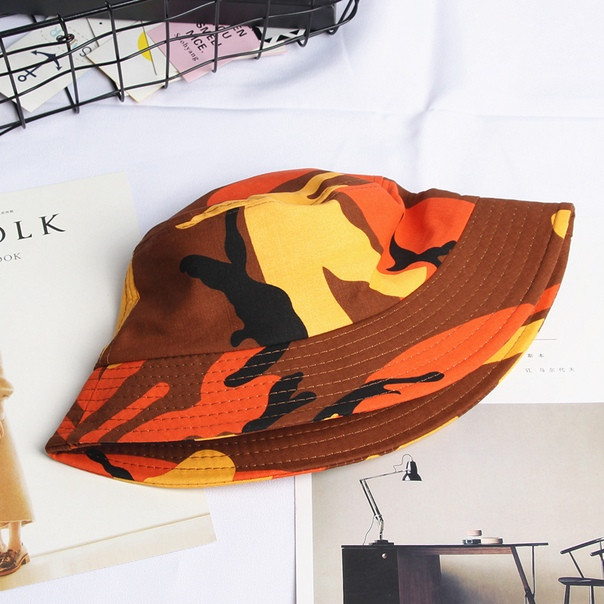 Панамка в яркую камуфляжную раскраску