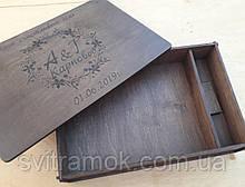 Дерев'яна яна коробка для фото 15х20 см та флешки