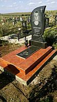 Надгробие/памятник из гранита женщине установленный в Симферополе