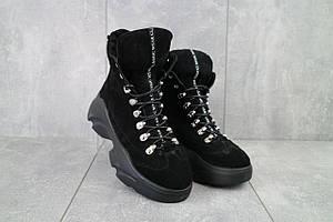 Женские ботинки замшевые зимние черные Viktoria 003