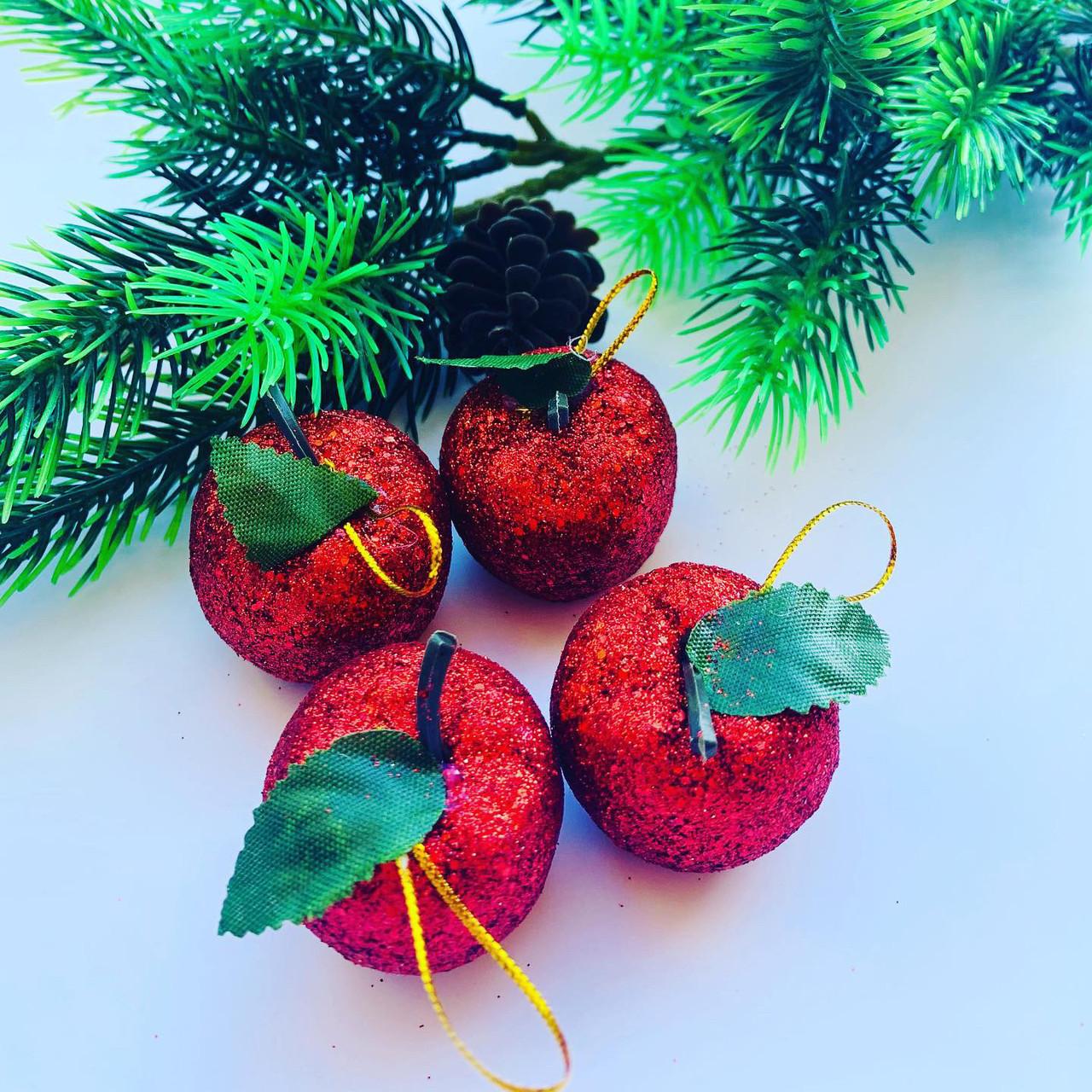 Новогоднее украшение. Набор красных яблок(6 шт)