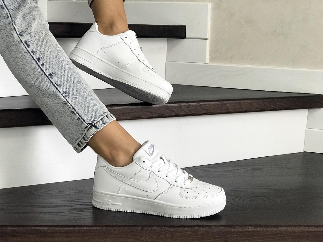 Кроссовки кеды женские найк аир форс демисезонные белые (реплика) Nike Air Force White