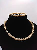 Комплект з намиста і браслети з натуральних перлів ніжного персикового відтінку