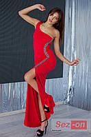 Платье женское длинное с ассиметричным вырезом - Красный