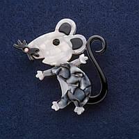 Брошь Мышь символ года из перламутра 52х48мм серый металл
