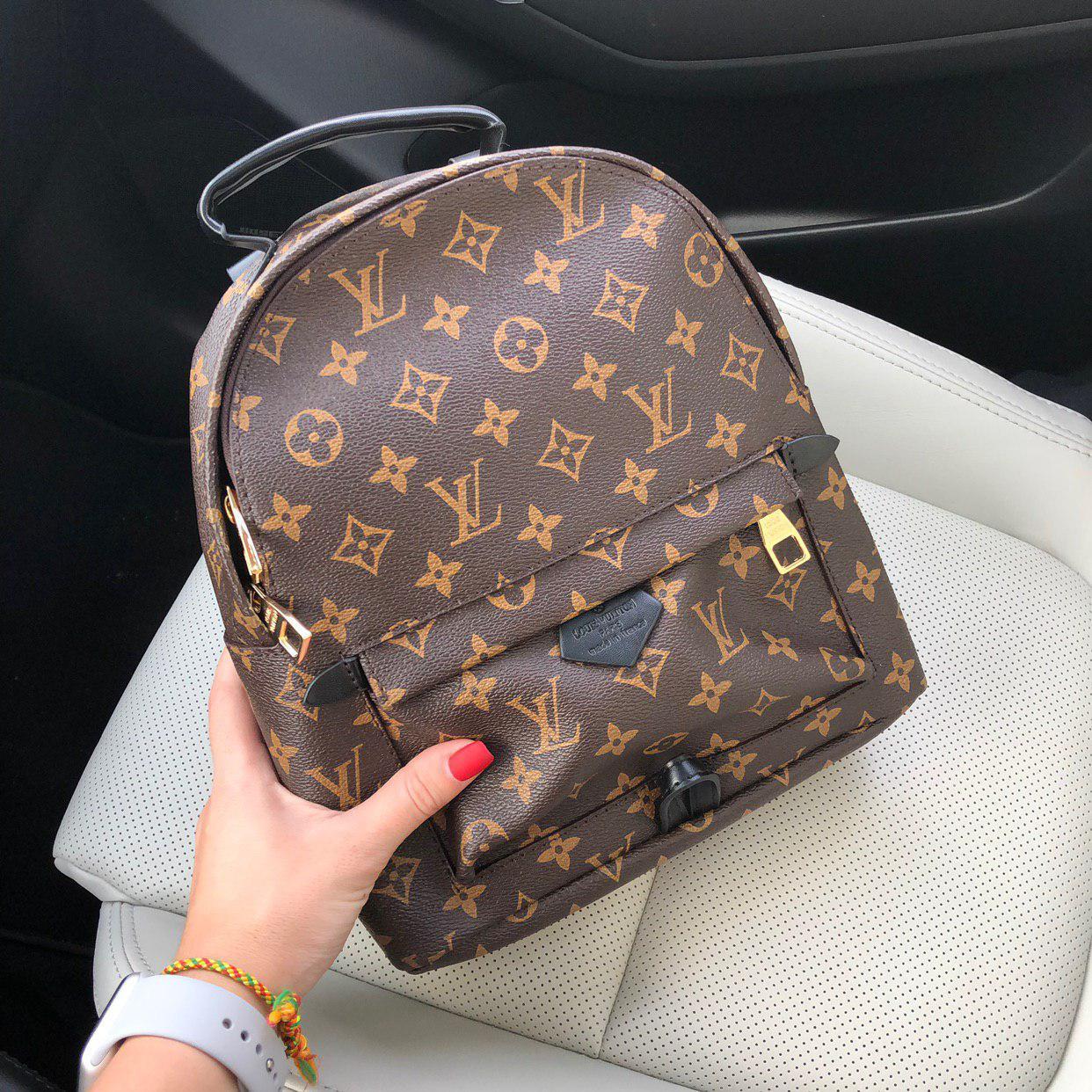 Рюкзак LV в среднем размере