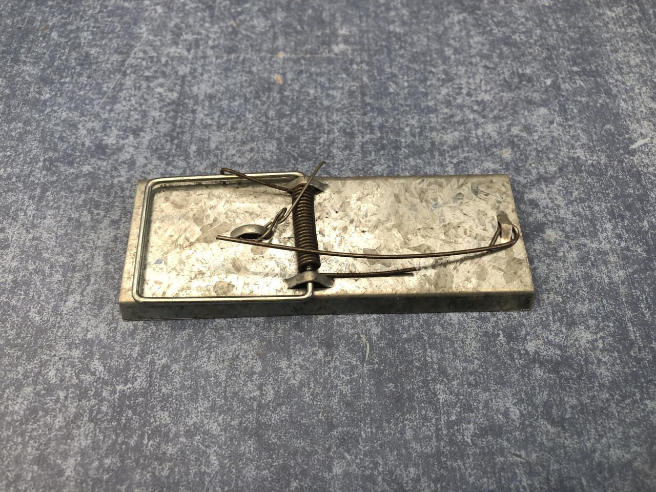 Мышеловка металлическая оцинкованная 110 мм длинна