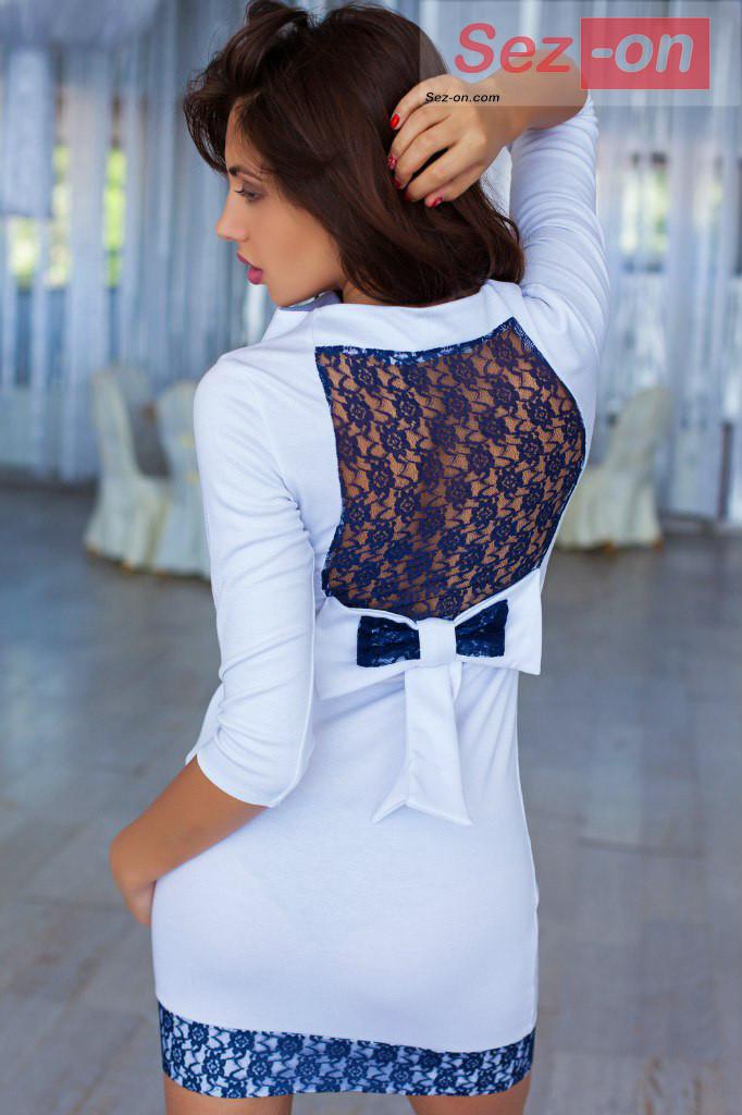 Сукня жіноча біле з гипюровым бантиком