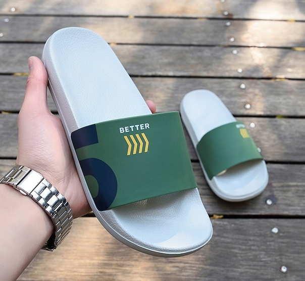 Зеленые летные тапочки на улицу
