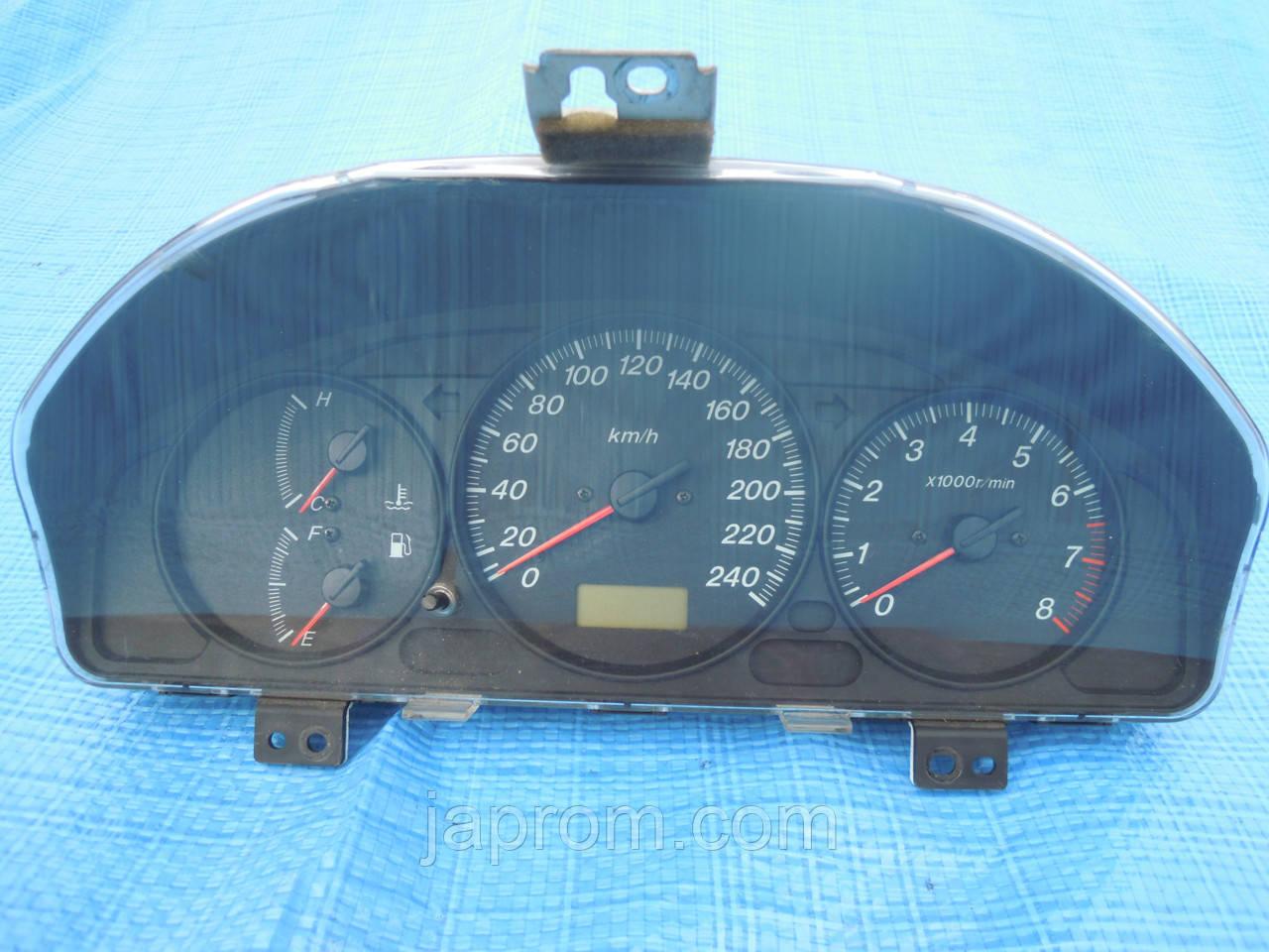 Панель щиток приборов Mazda 626 GF 2000-2002г.в. 2.0 инжектор рестайл KGGG2NC