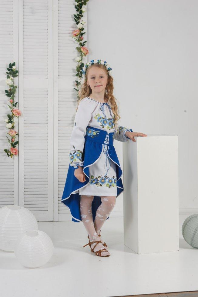 Костюм вишитий Волинські візерунки для дівчинки Шипшина синій 152 см