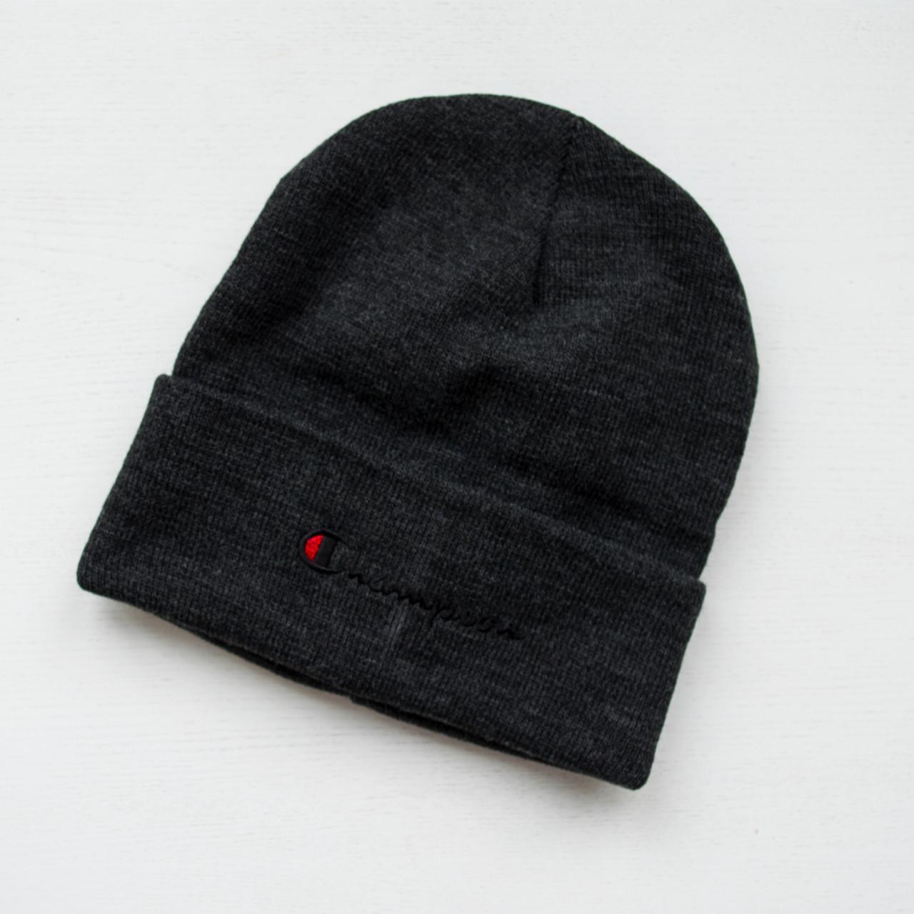 Зимняя шапка серая унисекс Champion