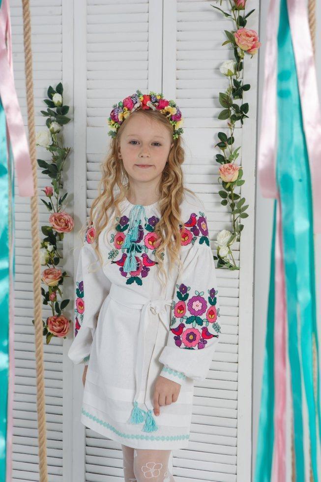 Платье Волинські візерункі  для девочки с яркой вышивкой 140 см белое