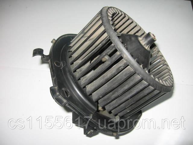 Моторчик (вентилятор) печки 570630200 на Iveco Daily Euro-3 c 1999 года
