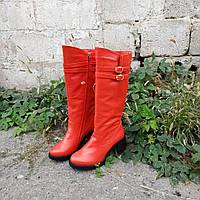 Сапоги красного цвета на каблуке от производителя., фото 1