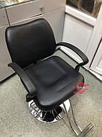 Кресло парикмахерское для салонов красоты черного цвета, фото 1
