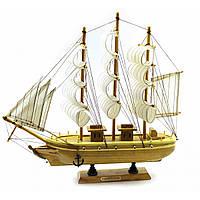 Сувенир корабль из дерева с парусами