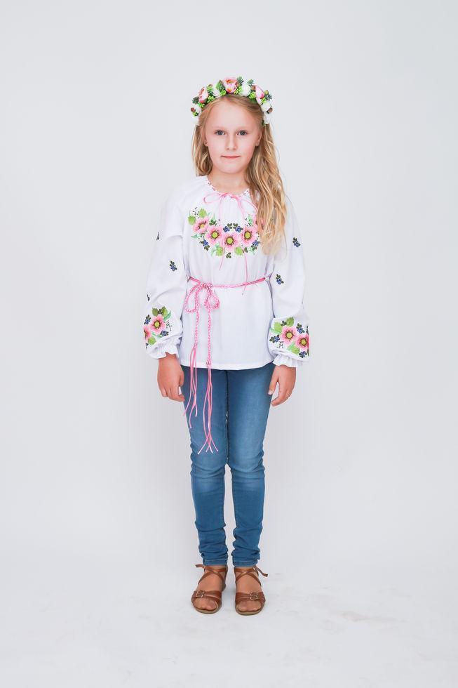 Вышиванка детская  Волинські візерунки для девочки Шиповник розовый 128 см белая