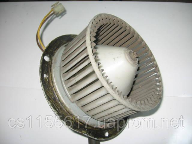 Моторчик (вентилятор) печки на Isuzu Midi после 1988 года