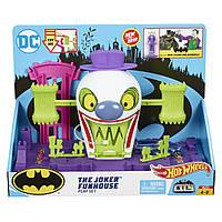 Игровой набор Хот Вилс Веселый дом Джокера Hot Wheels DC The Joker Playset GBW51