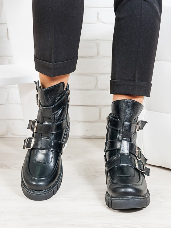 Ботинки натуральная кожа пряжки