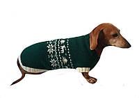Новогодний свитер с снежинками и оленями для таксы