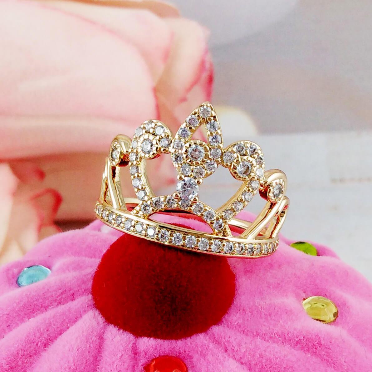Кольцо Xuping Jewelry размер 20 Корона медицинское золото позолота 18К. А/В 4153