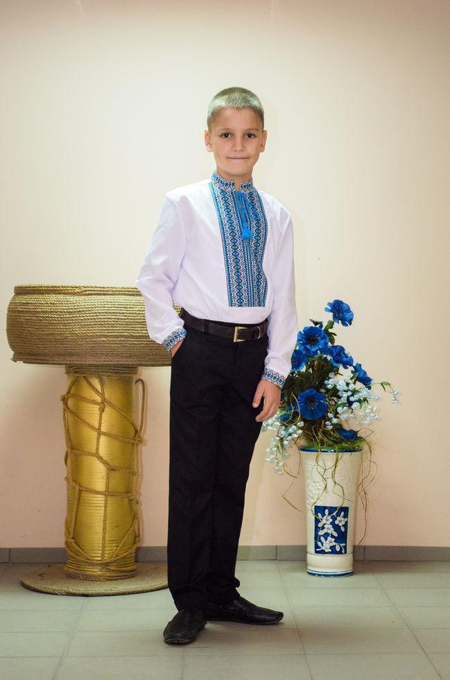 Вишиванка дитяча Волинські візерунки ткана блакитна 128 см біла