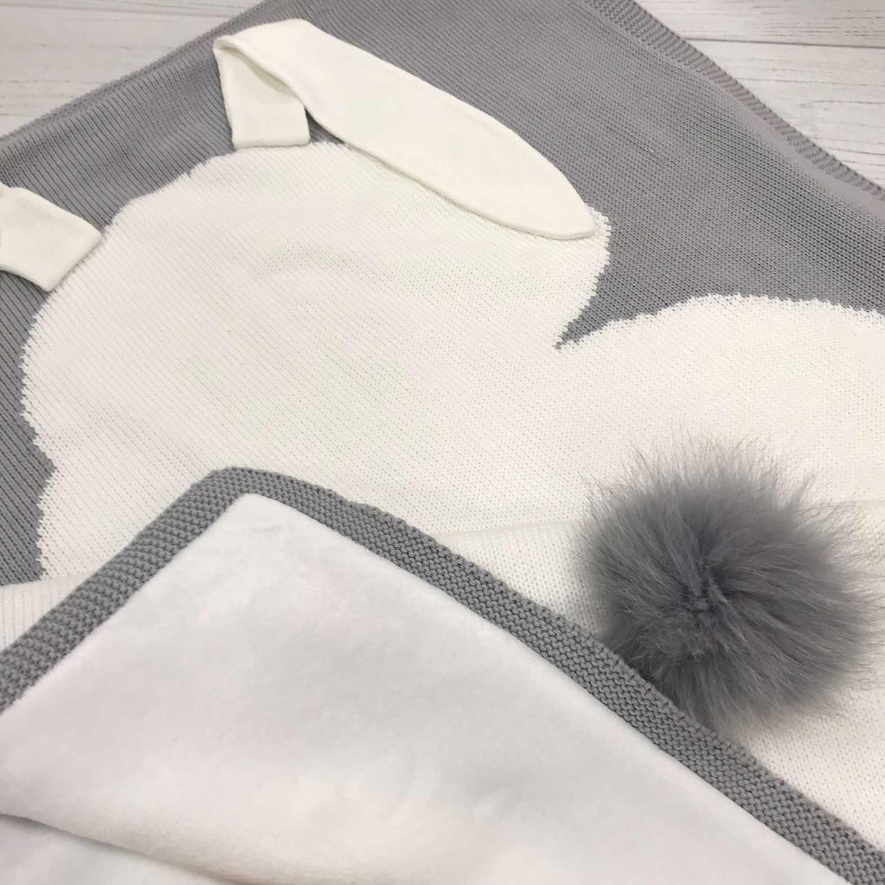 Плед вязанный двухсторонний (90% хлопок, 10% акрил) зайчик белый на сером 95*75 см