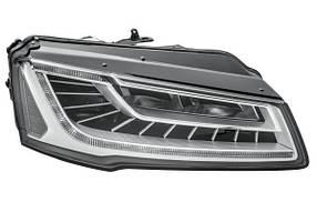 Фара передняя Audi A8 2014-2018 правая LED 4H0941774B