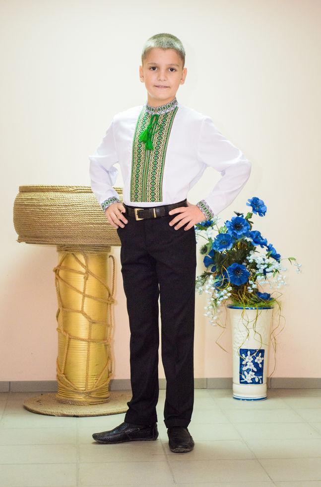Вышиванка детская Волинські візерунки тканая зеленая 146 см белая