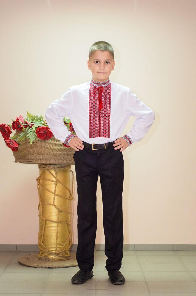 Вышиванка детская Волинські візерунки  тканая красная 140 см белая