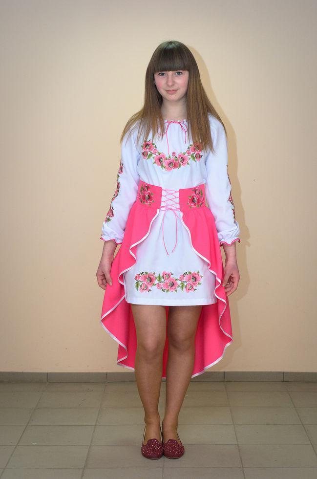 Костюм вишитий Волинські візерунки на дівчинку-підлітка Мальви рожеві 152 см